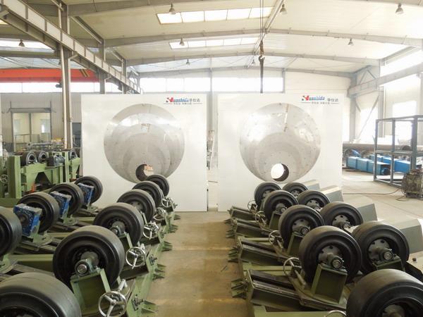 根据专家建议客户选购了 华仕达1600型3PE防腐管设备