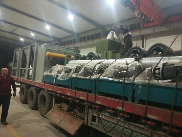 华仕达的160型3PE防腐管设备 的抛丸除尘器目标长沙