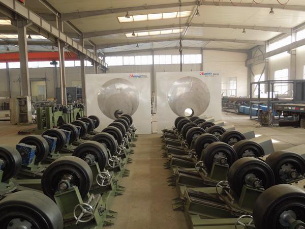 华仕达用于3PE防腐管生产线的管道传动设备