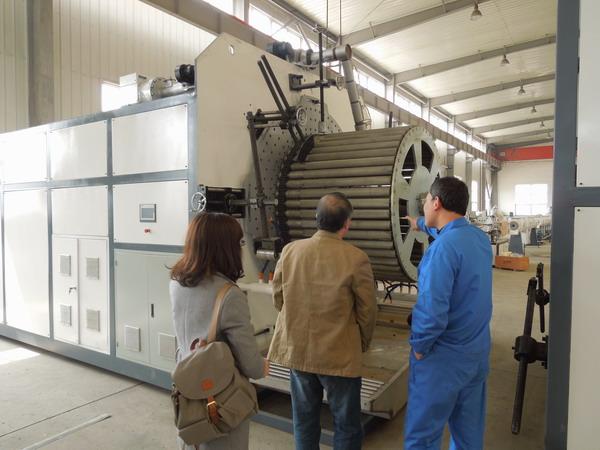 华仕达新一代设备是大口径中空壁缠绕管生产线