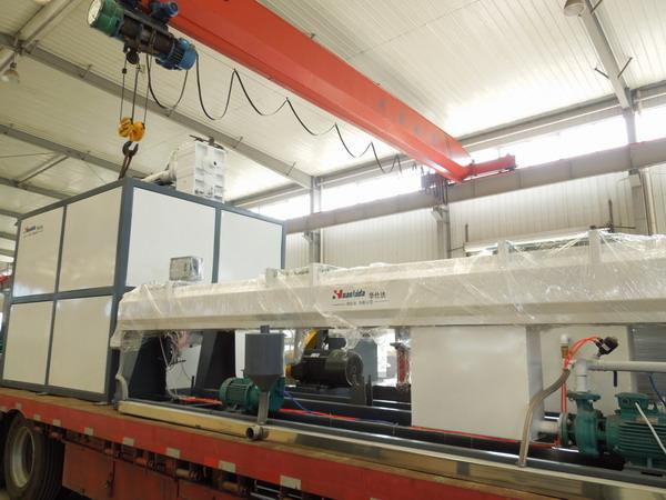 交付前进行技术培训的华仕达中空壁缠绕管设备