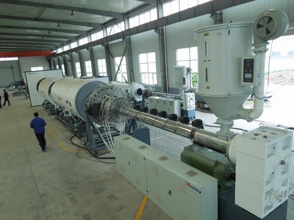 青岛上合峰会结束华仕达保温管设备发货忙一天3套出厂