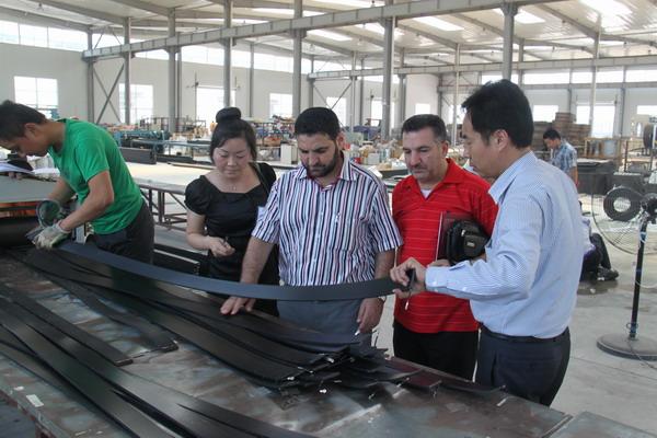 青岛华仕达钢带增强PE螺旋波纹管连接方法