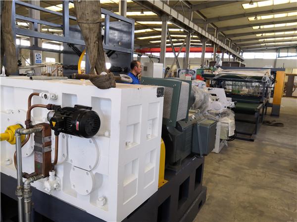 华仕达推出新技术新工艺新型橡塑保温管设备