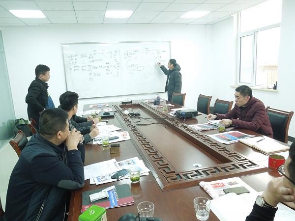 华仕达提供培训一体化的橡塑发泡保温管/板材生产线