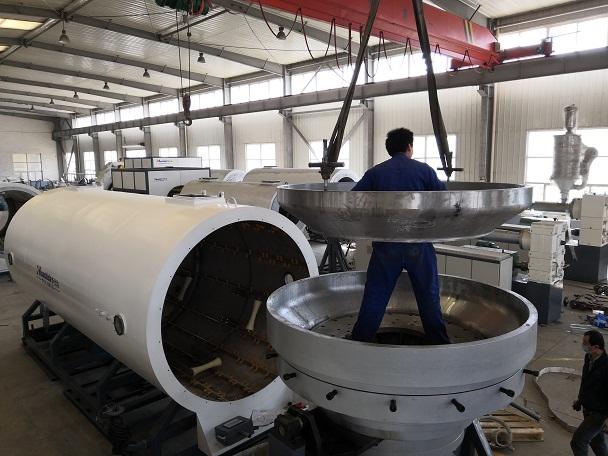 华仕达PE960-1880保温管生产线技术创新及要点