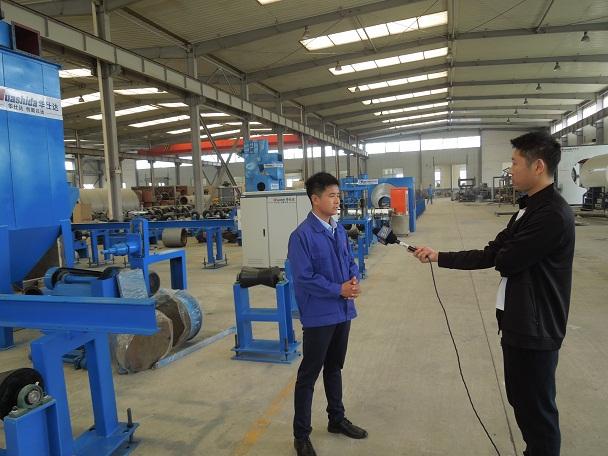 获得5项专利3项著作权加持华仕达3PE钢管防腐生产线