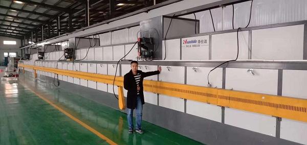 华仕达研发新一代橡塑发泡保温管生产线