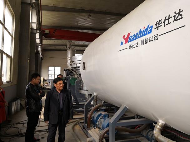 第三代华仕达保温管生产线与内充气法优劣对比
