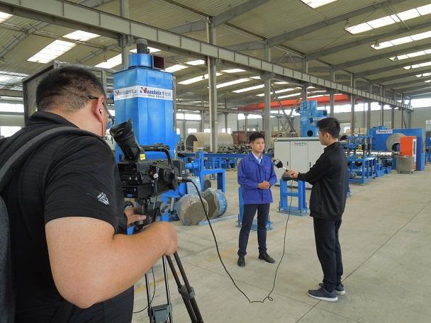 华仕达钢管喷涂缠绕成型预制  直埋保温管生产线技术工艺