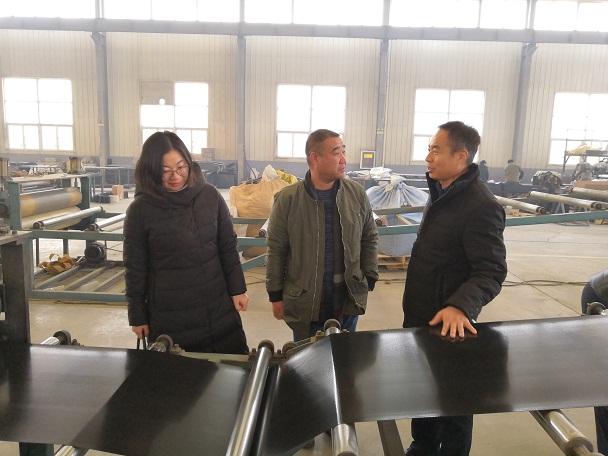 华仕达20年专注热收缩套生产线制造