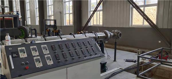 华仕达一步法聚氨酯保温管生产线