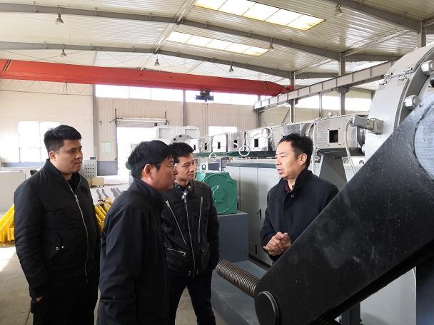 保温管设备试车时华仕达为客户生产了六种规格