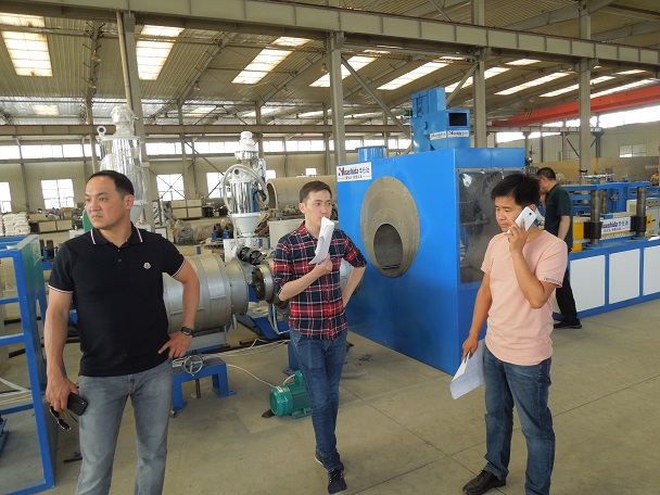 控制系统很重要客户选择  华仕达自动化3PE防腐生产线
