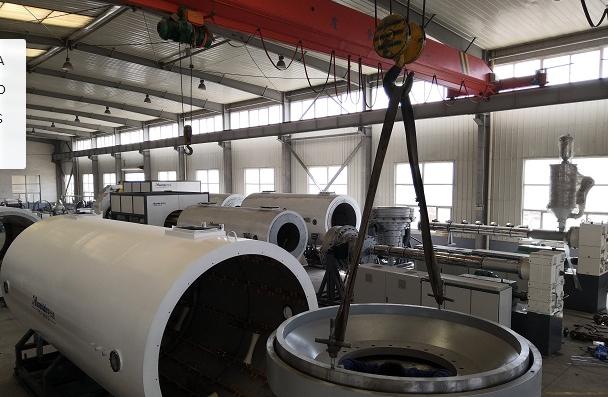 科研团队保证了华仕达自己拥有  保温管生产线核心技术
