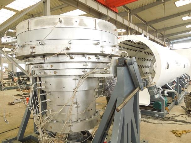 华仕达代表第三代保温管生产线是高效节能的