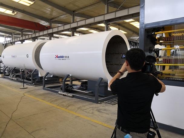 华仕达符合两化融合指标体系的保温管生产线