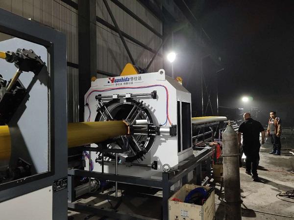 华仕达成功将双层共挤应用到大口径保温管设备上