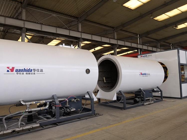 系列核心技术保证了华仕达保温管设备是高速高效生产线