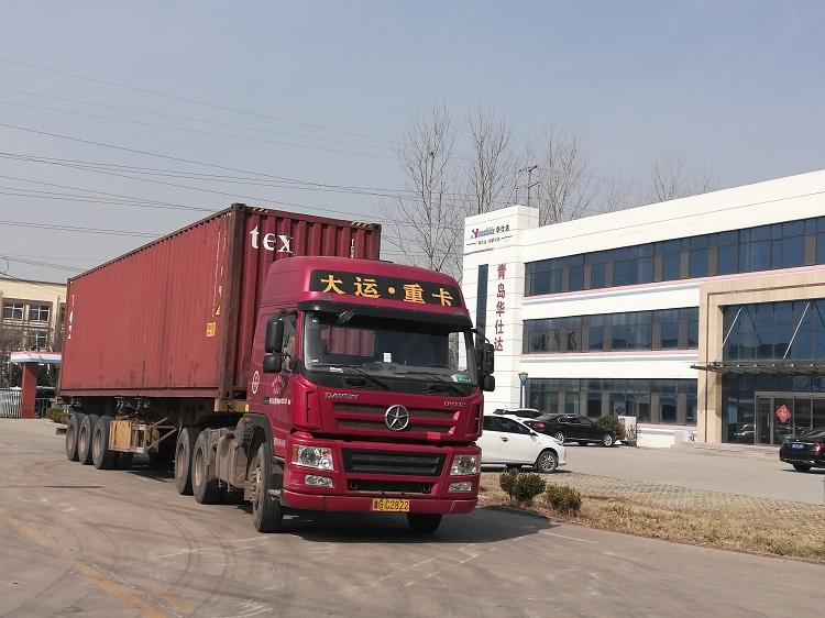 为哈萨克斯坦制造的3PE钢管防腐生产线华仕达发货了