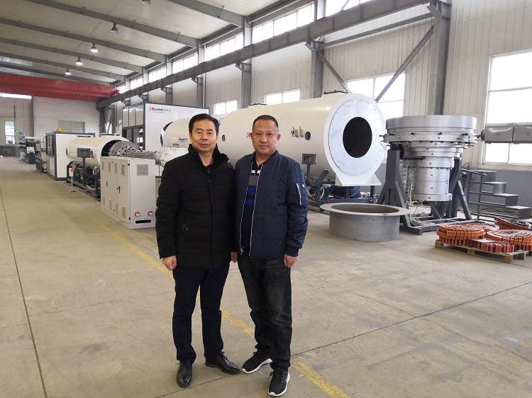 华赛依托华仕达先进的保温管设备生产技术抢占东北管材市场