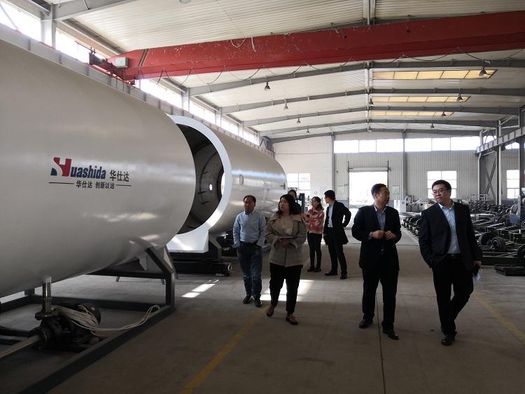 华仕达还有1800万元保温管设备正在抓紧生产中